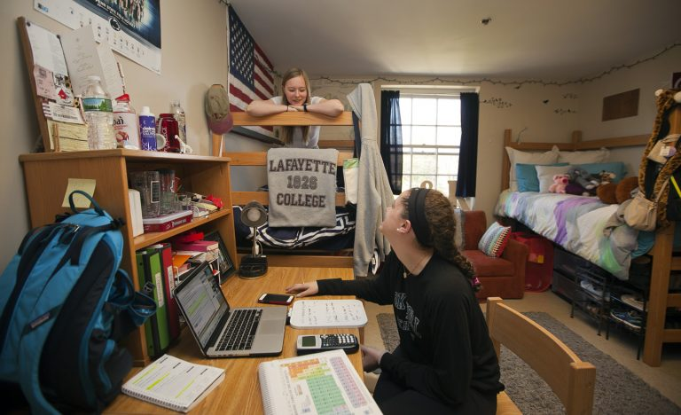 How College Dorms Affects Students Progress
